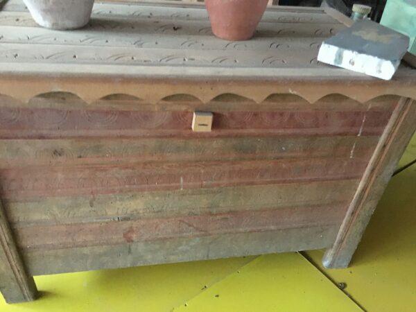 Μπαούλο, παλιό ξύλινο ελληνικό έπιπλο