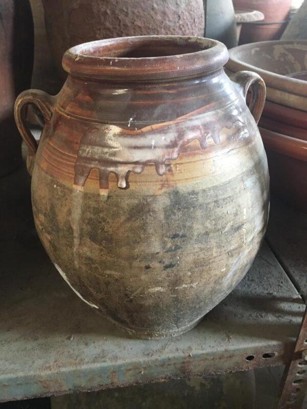 παλιό κεραμικό πυθάρι