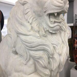 Λιοντάρια, γλυπτό από ελληνικό λευκό μάρμαρο Νάξου