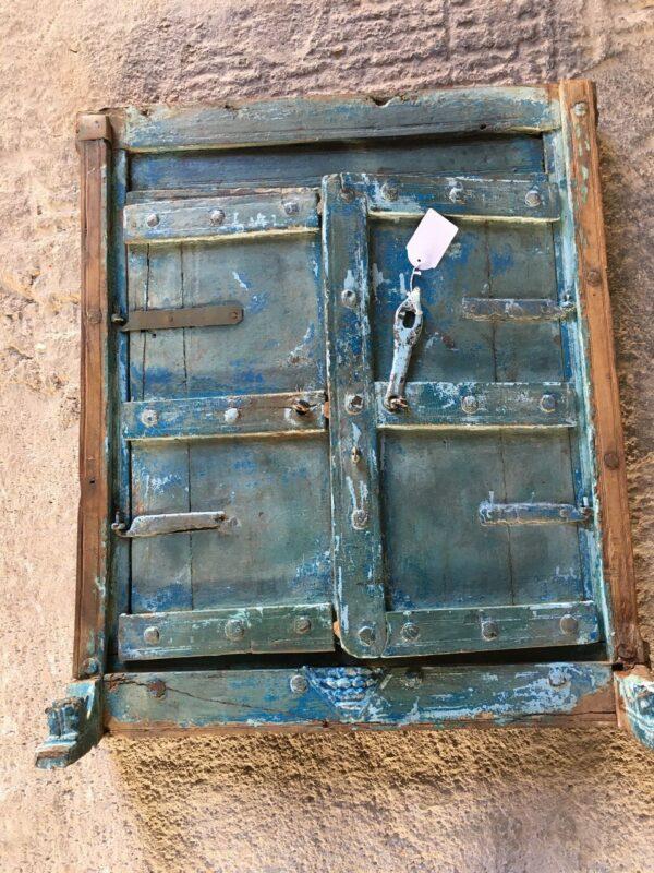 Παραθυράκι καθρέφτης, παλιό ξύλινο επιπλάκι