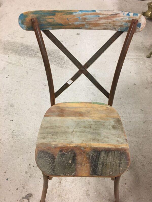 Καρέκλα σιδερένια από παλιά ξυλεία