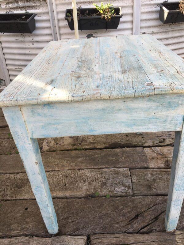 ξύλινο τραπέζι αντίκα