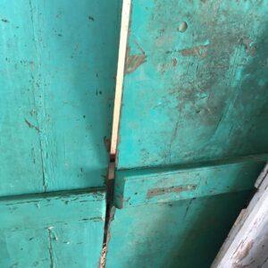δίφυλλη πόρτα